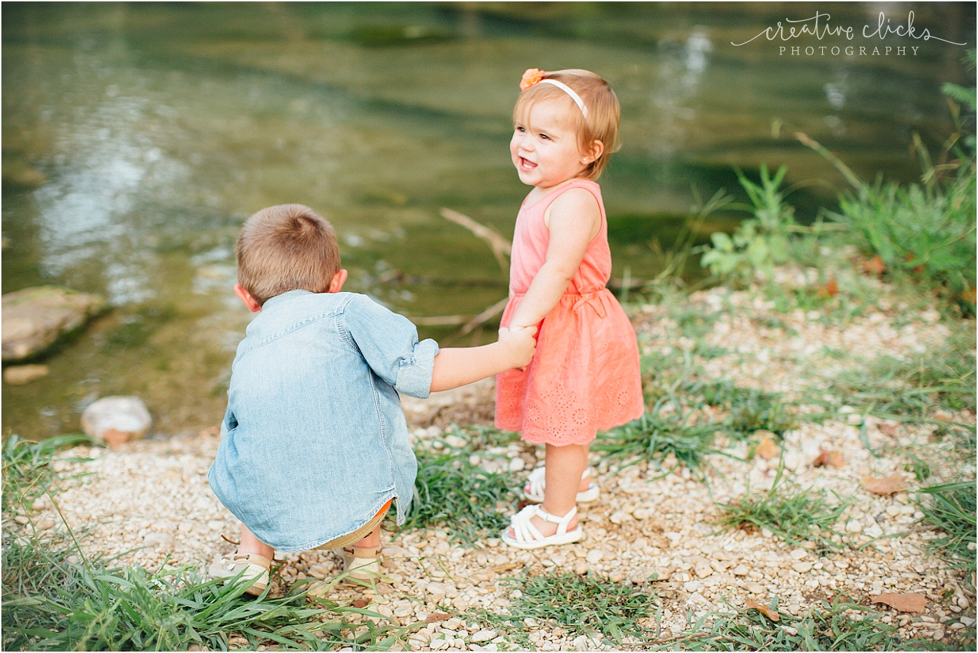 Salado_Creek_Outdoor_Family_Session_25