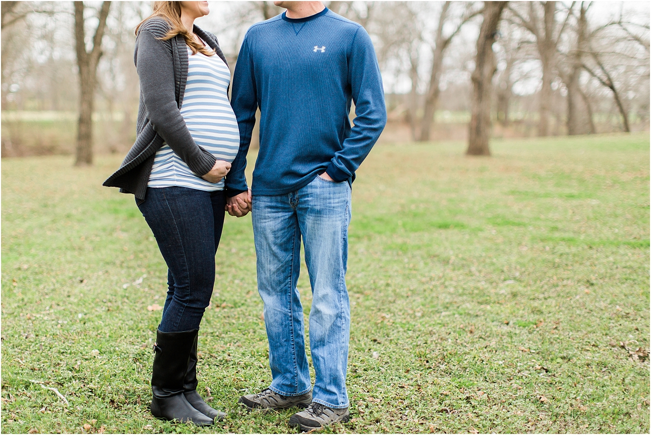 Houston Outdoor Winter Maternity Session_07